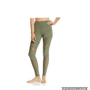 Nwt! Alo yoga high waist sheila legging jungle m